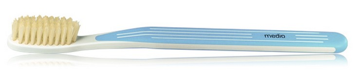 Зубная щетка с натуральной щетиной средняя